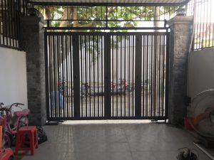 Mẫu cổng mở âm sàn tự động
